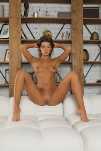 Melena Tara Enjoy Every Inch Of Her Perfect Body