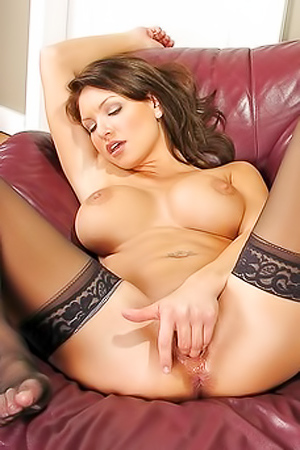 Angelina Fingered Her Juicy Pussy Hard