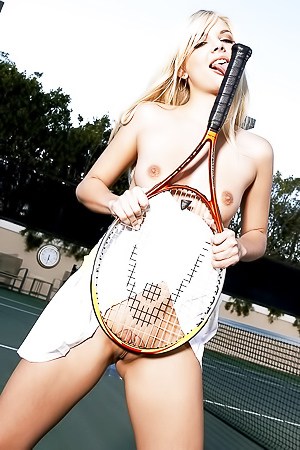 Jana Jordan Playing Tennis Alone And Totally Nude!