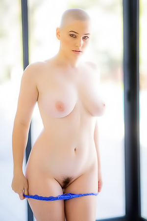 Riley Nixon Gets Naked