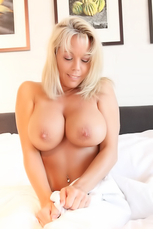 Amber Lynn Bach rolls around