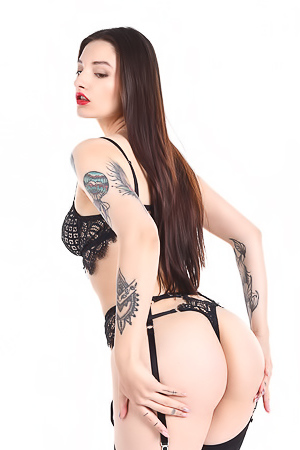 Wonderful Teen Girl Sophie Ink