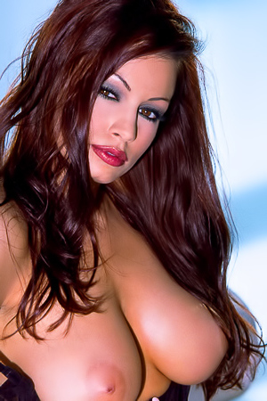 Famous Porn Model Aria Giovanni Shows Her Big Boobies