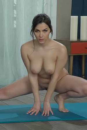 Nude Yoga With Valentina Nappi
